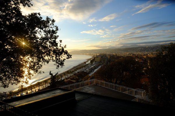 La vue sur Nice depuis le parc du château