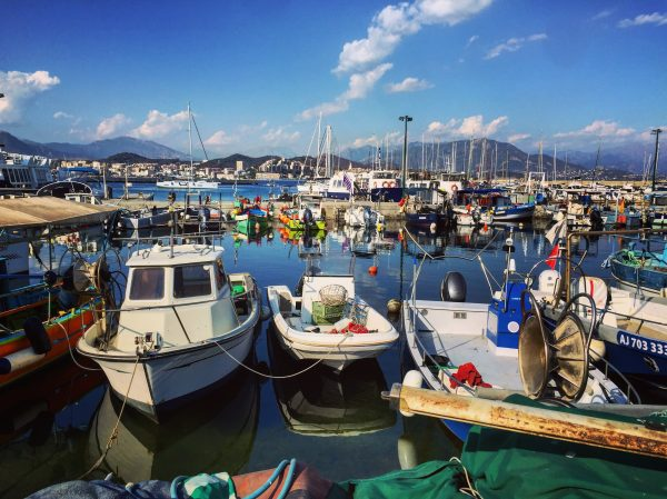 Le port de pêcheurs à Ajaccio