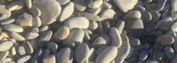 Les galets de la belle plage de Nice