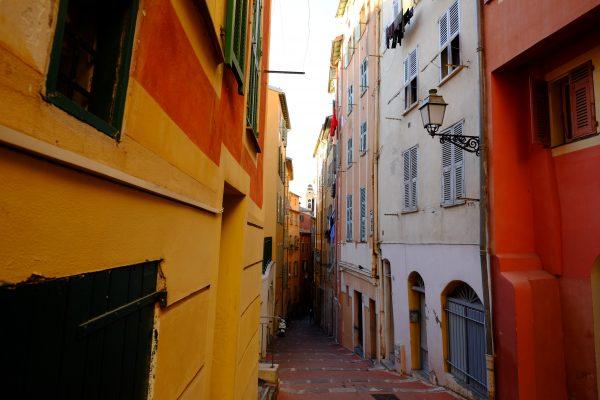 Les ruelles colorées du vieux Nice