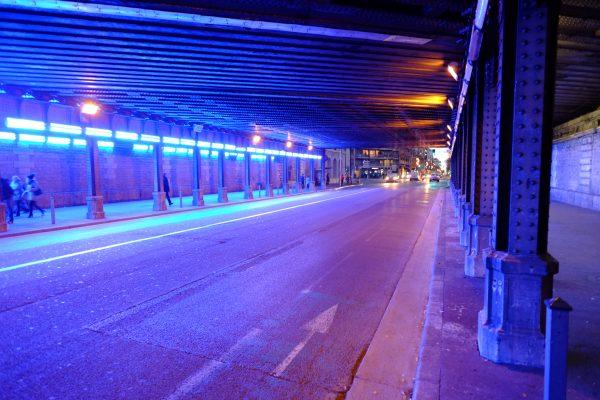 Nice et le passage sous la voie ferrée elle même passant sous la voie rapide