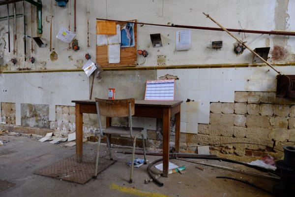 Un lieu abandonné, rien n'a bougé depuis des années, Escale urbex à Charleroi