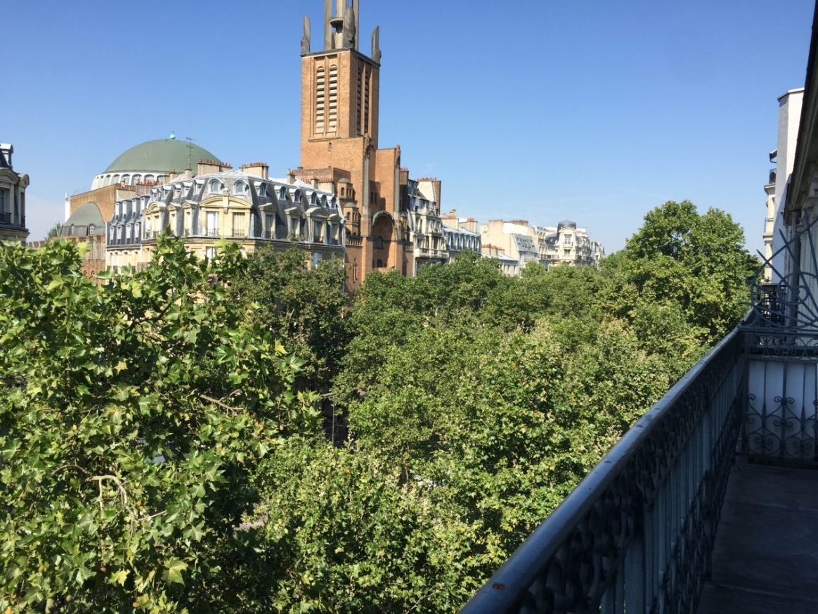 Une église insolite à Paris