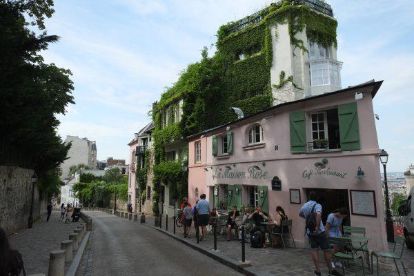 La maison rose un lieu insolite de Paris