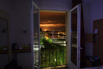 Le Havre un soir d'été, lune des photos les plus halluciantes du Havre