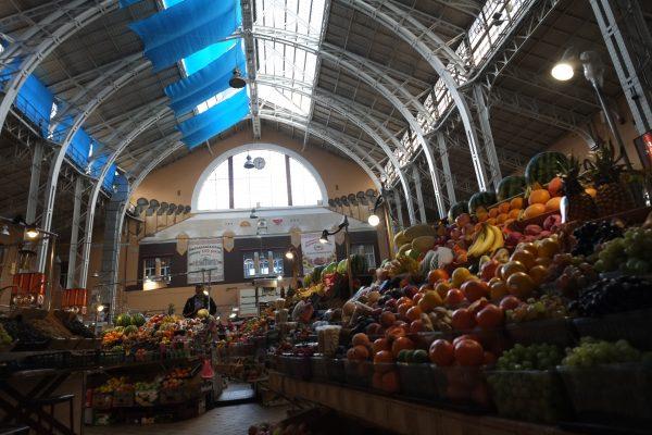 Le marché de Bessarabska dans le centre de Kiev