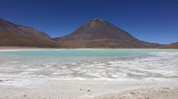 La laguna Verde, l'un des lacs les plus colorés du monde