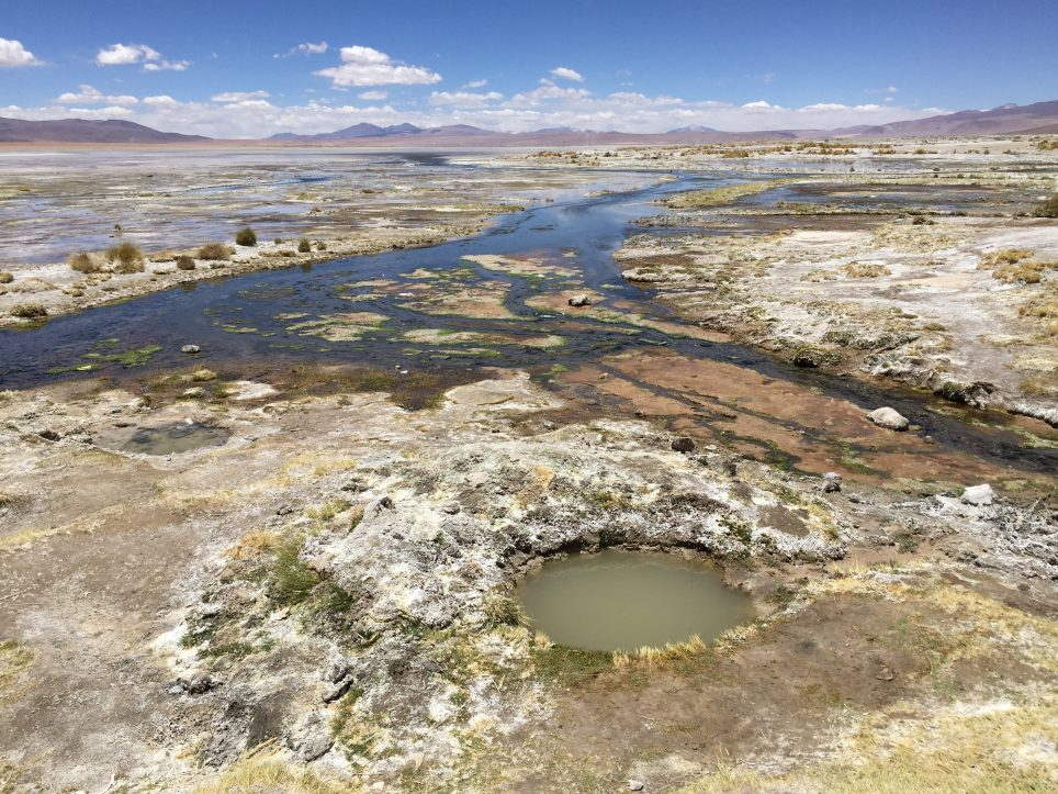Les eaux thermales de Polques et la laguna Chalviri en Bolivie