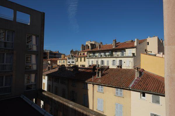 Non loin du quartier du port à Toulon