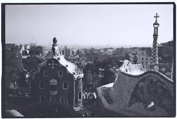 Vue sur la ville de Barcelone depuis la fameux Parc Güell