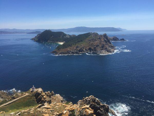 Vue sur une l'île de San Martino, Archipels des Cies