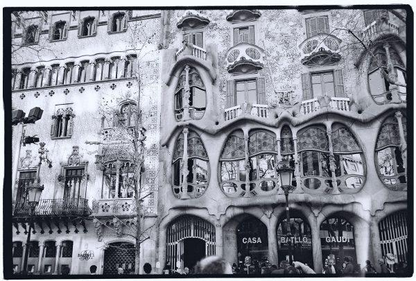 La façade de la Casa Batllo lors d'une Escale à Barcelone