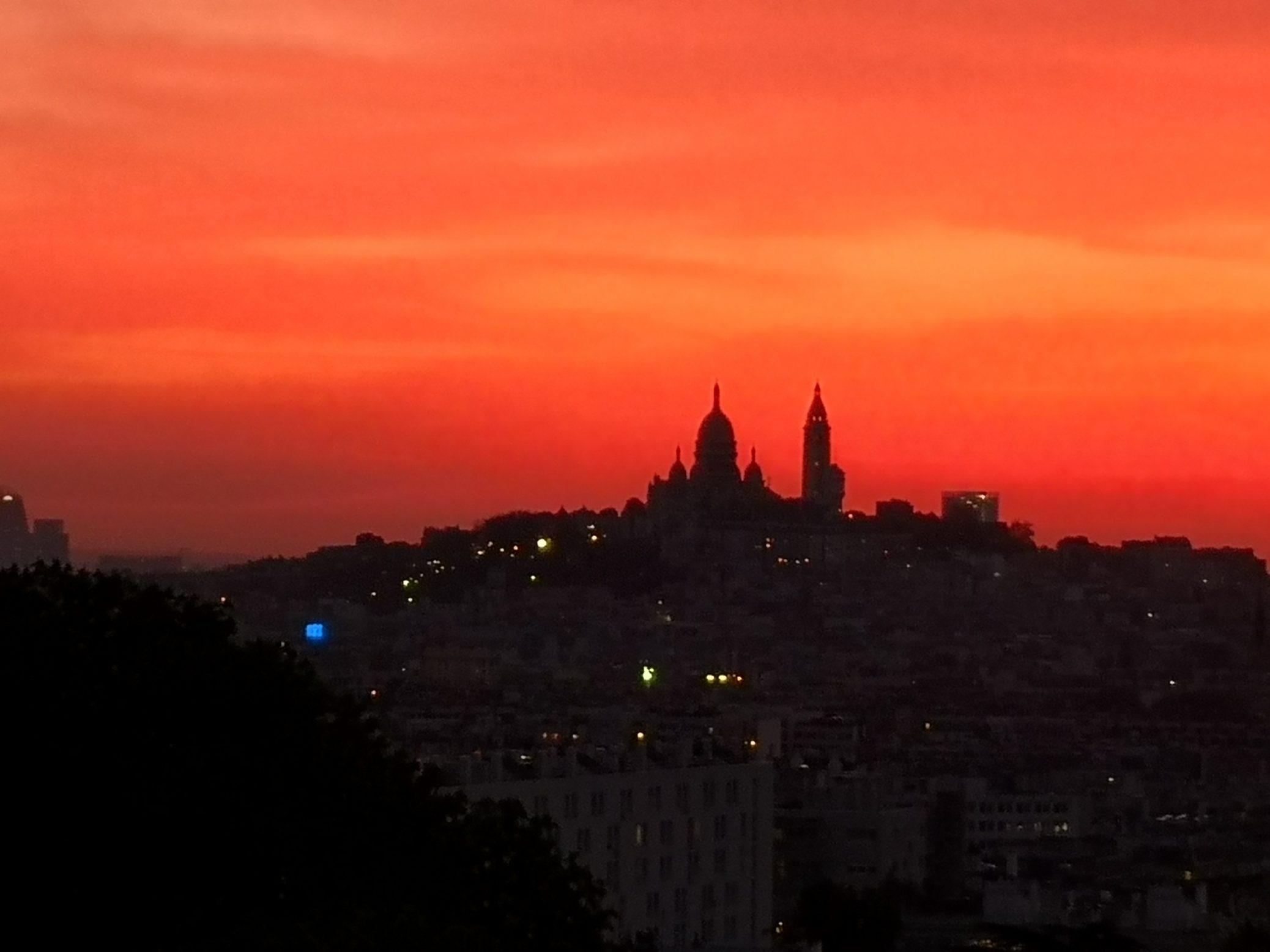 Un coucher de soleil incroyable sur Montmartre