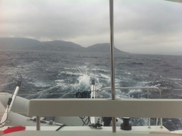 Le mauvais temps arrive toujours très vite surtout à l'approche des côtes de Corse
