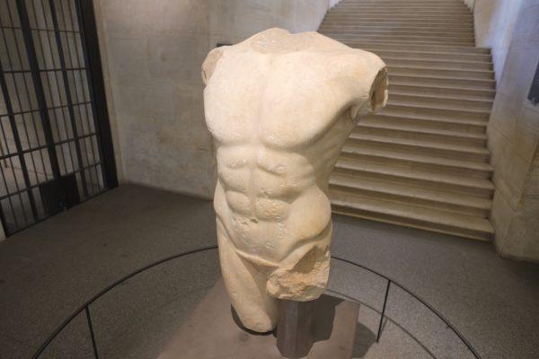 L'une des 7 merveilles du Louvre, le torse de Milet