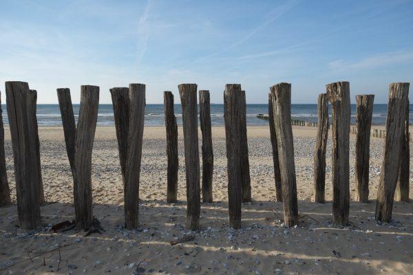 Les brises lames sur la plage de Sangatte