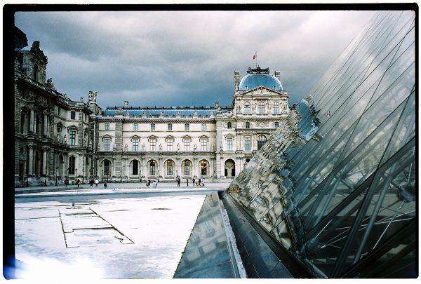 L'un des plus beaux endroits de Paris, le musée du Louvre