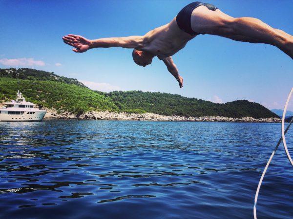 On pique une tête à Lokrum, une des nombreuses îles de Croatie