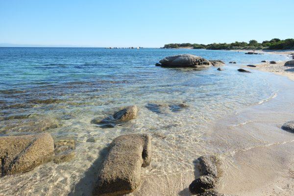 Ou partir en mai - Quelque part sur une plage perdue du sud de la Corse