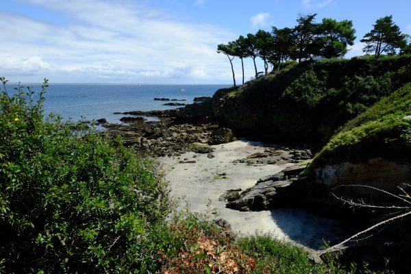 Une petite plage sur l'île de Groix