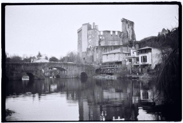 Au sud de Nantes le château de Clisson