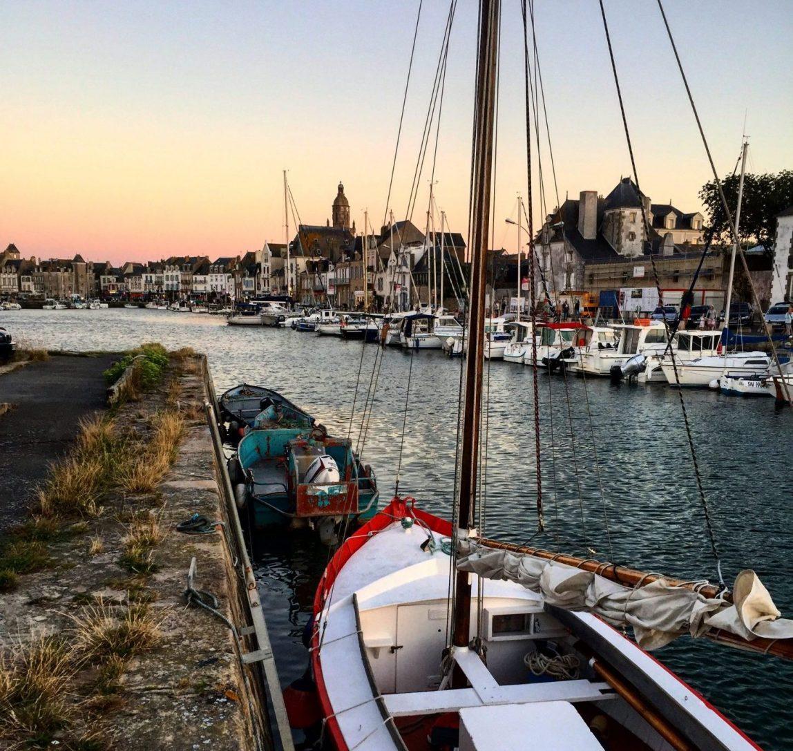Au crépuscule le très joli port du Croisic
