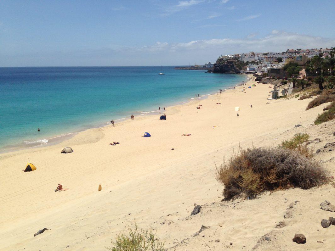 une jolie plage dans le sud est de Fuerteventura
