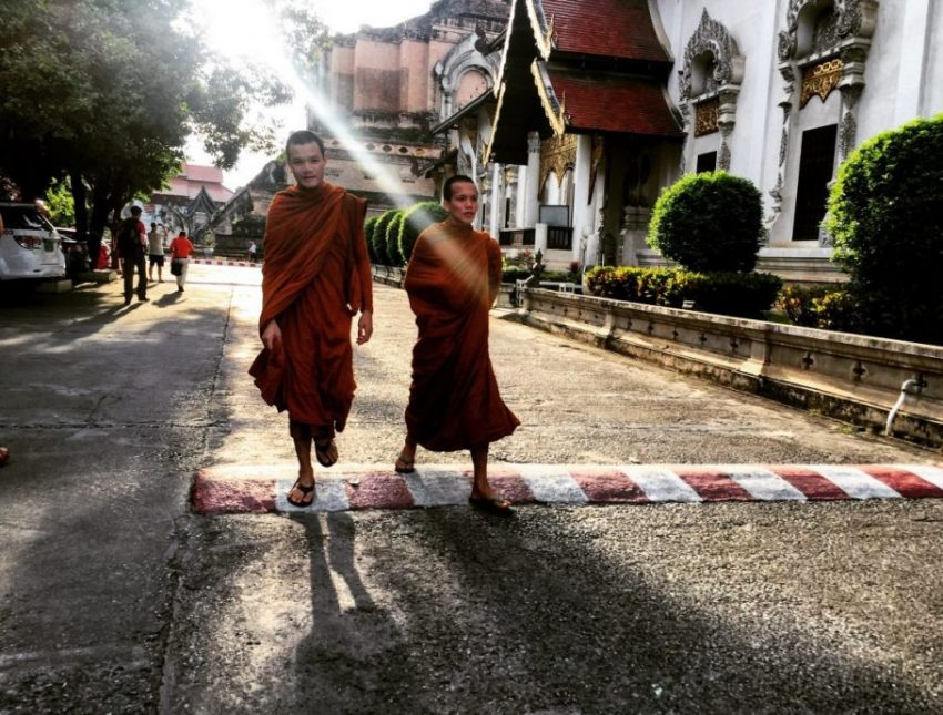 Moines bouddhistes à Chiang Mai