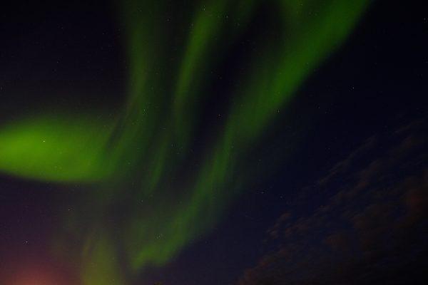 Une aurore boréale dans le nord de la Scandinavie