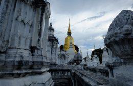 Un moment très émouvant lors de ma première visite d'un temple en Thaïlande