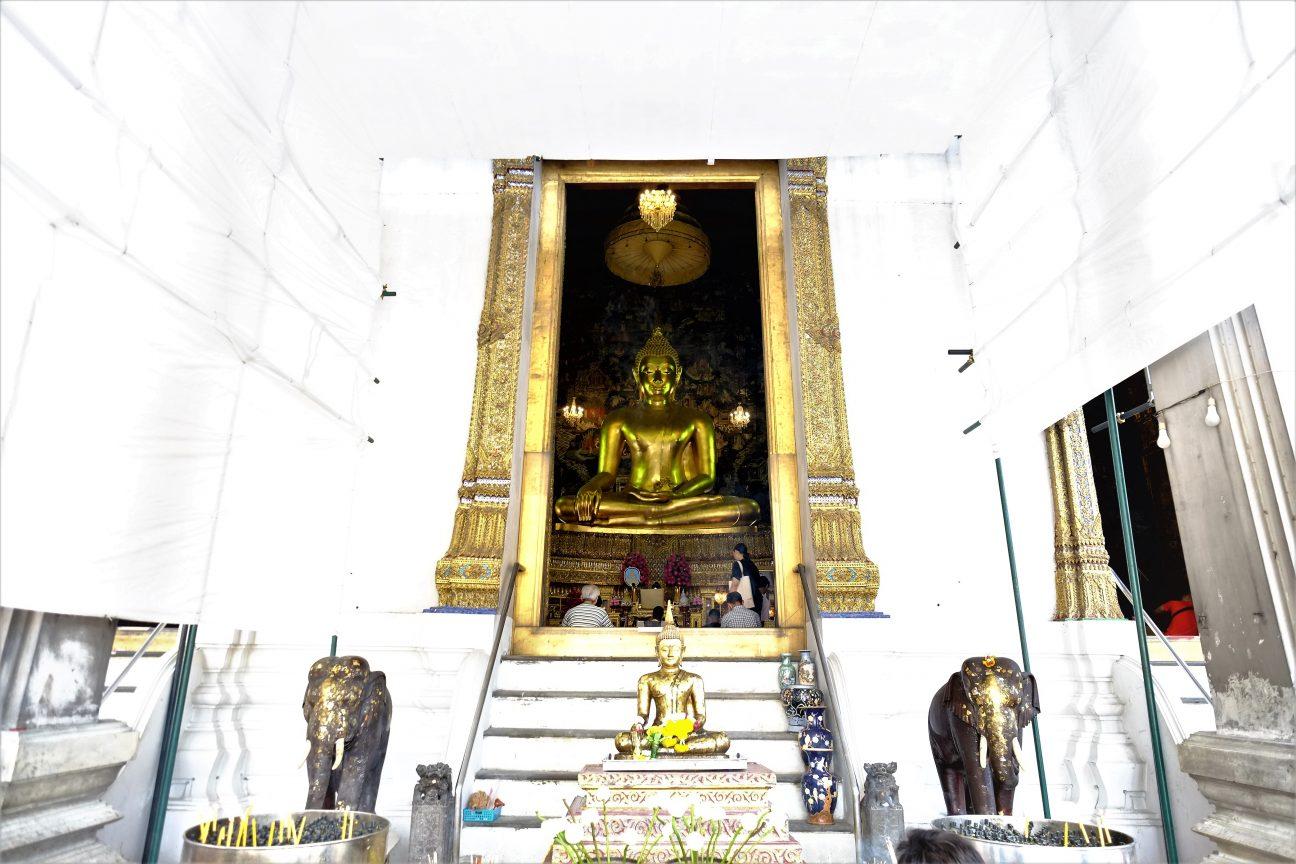Wat Suthat, un temple bâché