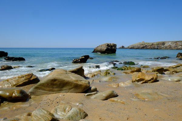 la côte sauvage de Quiberon à marée descendante