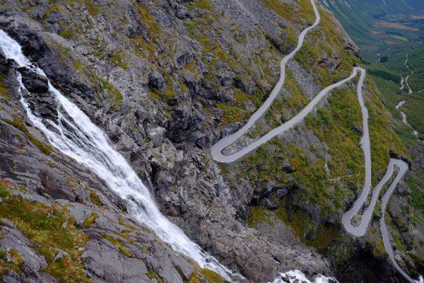 L'une des plus belles routes du monde est ici en Norvège