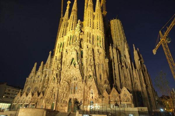 Barcelone et la Sagrada Familia la nuit, un moment magique