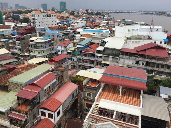 Vue panoramique depuis les toits de Phnom Penh