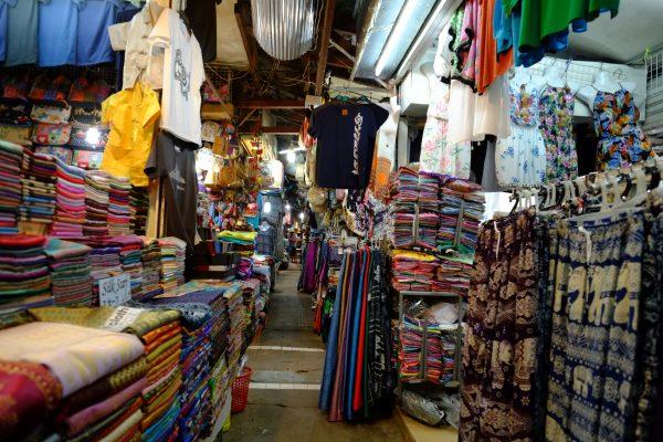 Découvrir les marchés nocturnes de Siem Reap