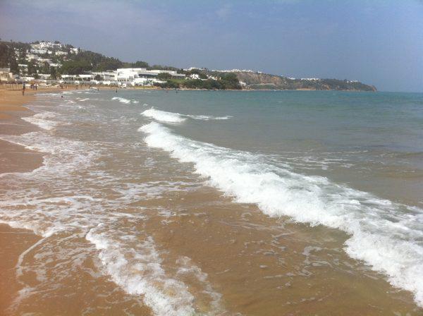 Les plages de la Marsa côté méditerranéen