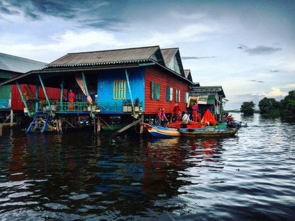 Une photo prise sur le lac de Tonle Sap au Cambodge