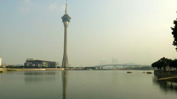 La Macao Tower est haute de 338 mètres