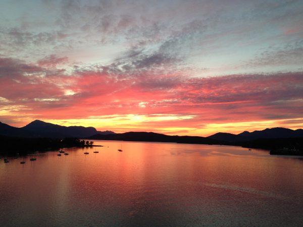 Poros en Grèce, un des plus beaux pays en Europe