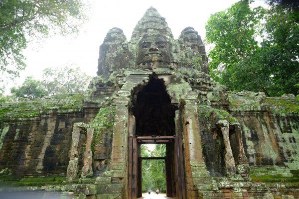 L'une des portes de la cité d'Angkor