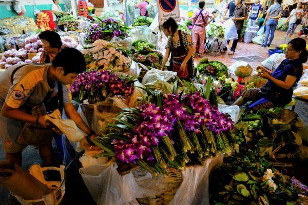 Balade sur le marché aux fleurs de Bangkok