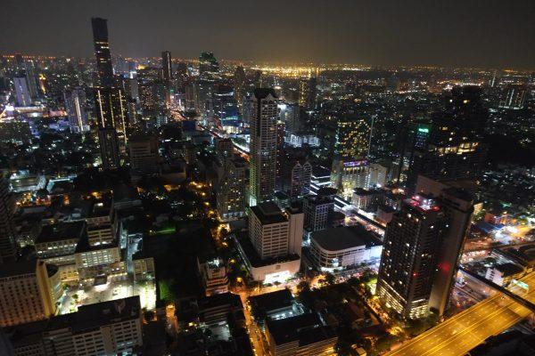 Une vue panoramique et imprenable depuis l'hôtel Lebua à Bangkok