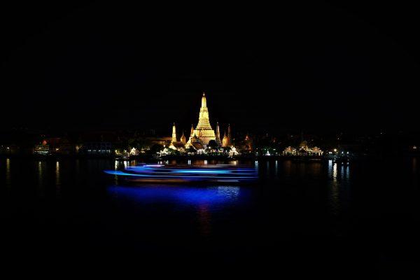 Bangkok la nuit un spectacle éblouissant