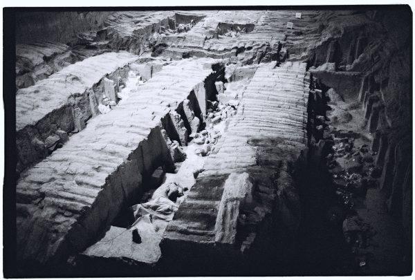 Tranchées de soldats en vue d'une restauration