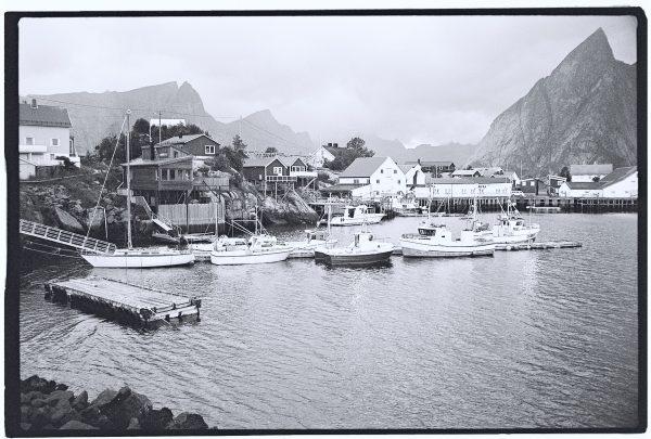 Un village de pêcheurs dans le nord ouest de la Norvège