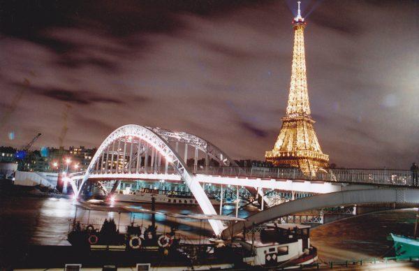 Escale à Paris et une découverte de la capitale de nuit