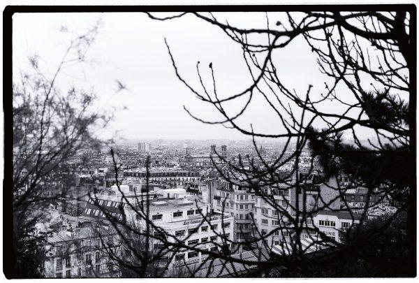 L'un des petits secrets de la place du Tertre, la vue sur Paris