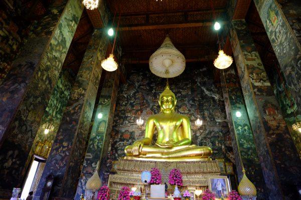 Le temple de Wat Suthat est l'un des 6 temples les plus importants de Thaïlande
