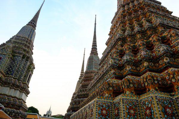 Des stupas en nombre sur le territoire du temple de Wat Pho
